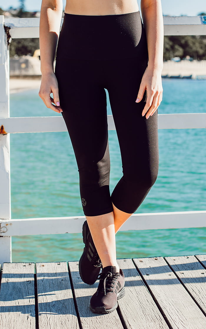High waisted pocket 3/4 tight front