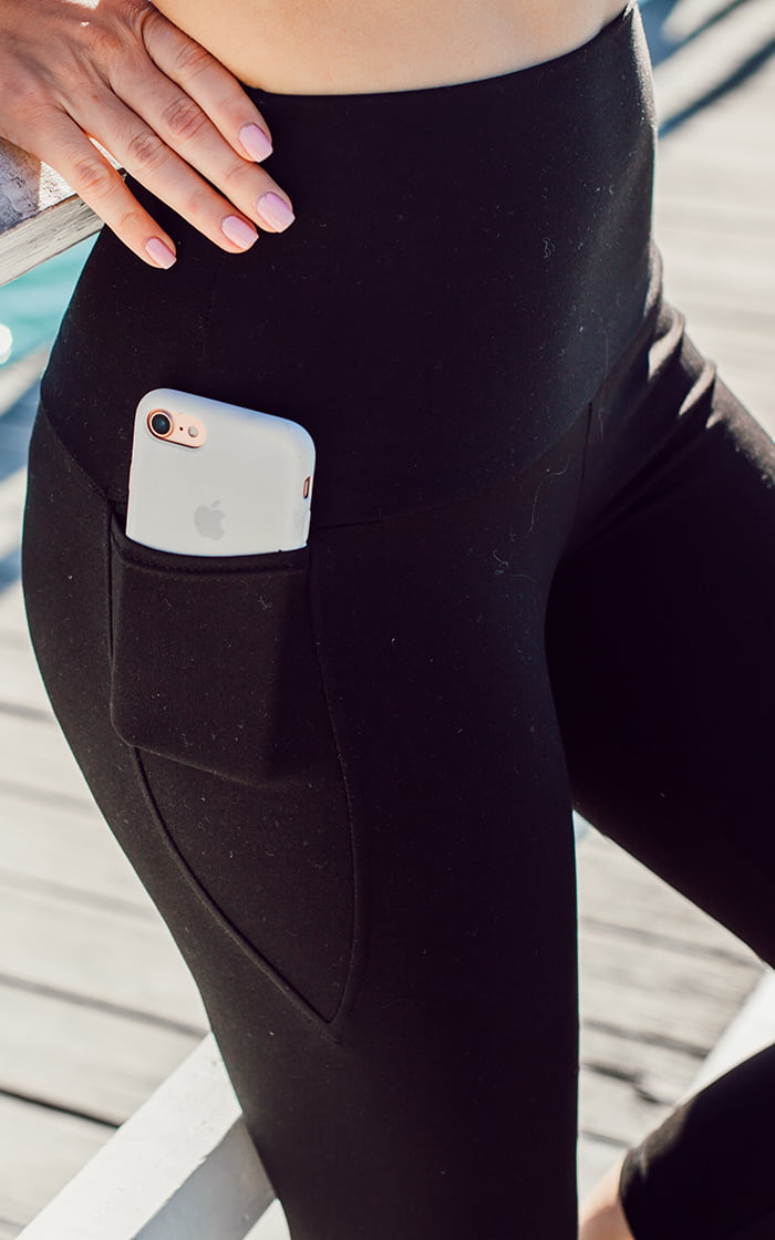 High waisted pocket 3/4 tight feature