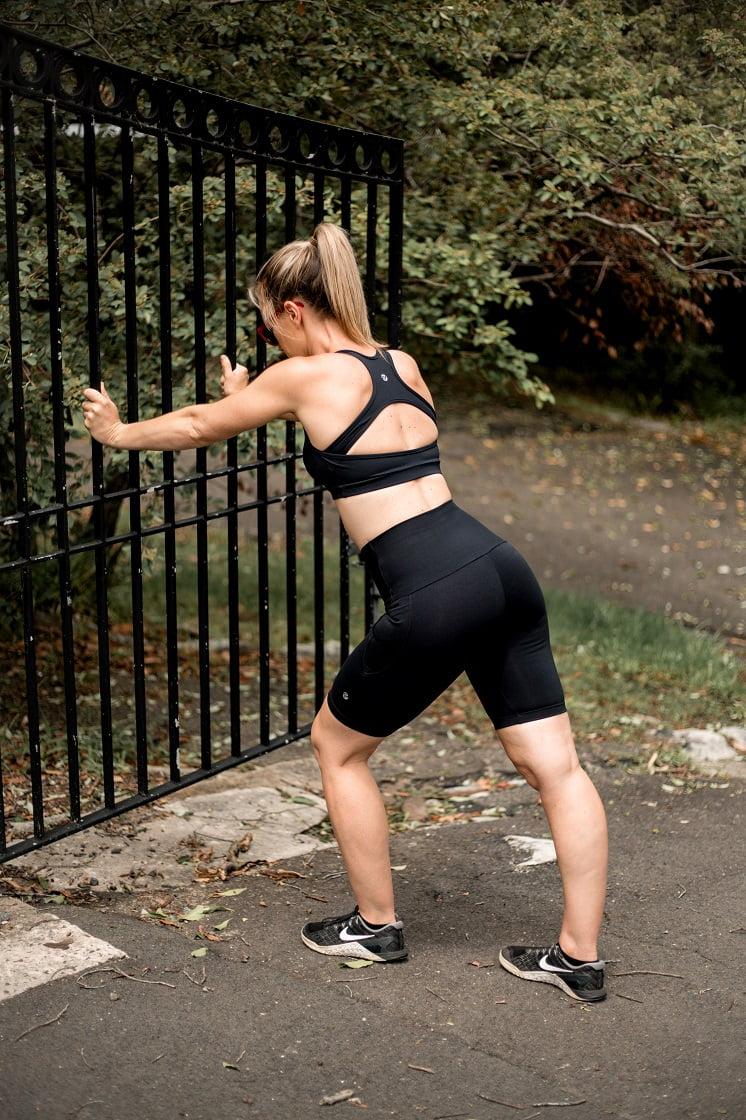 High waist black beauty long pocket shorts stretching