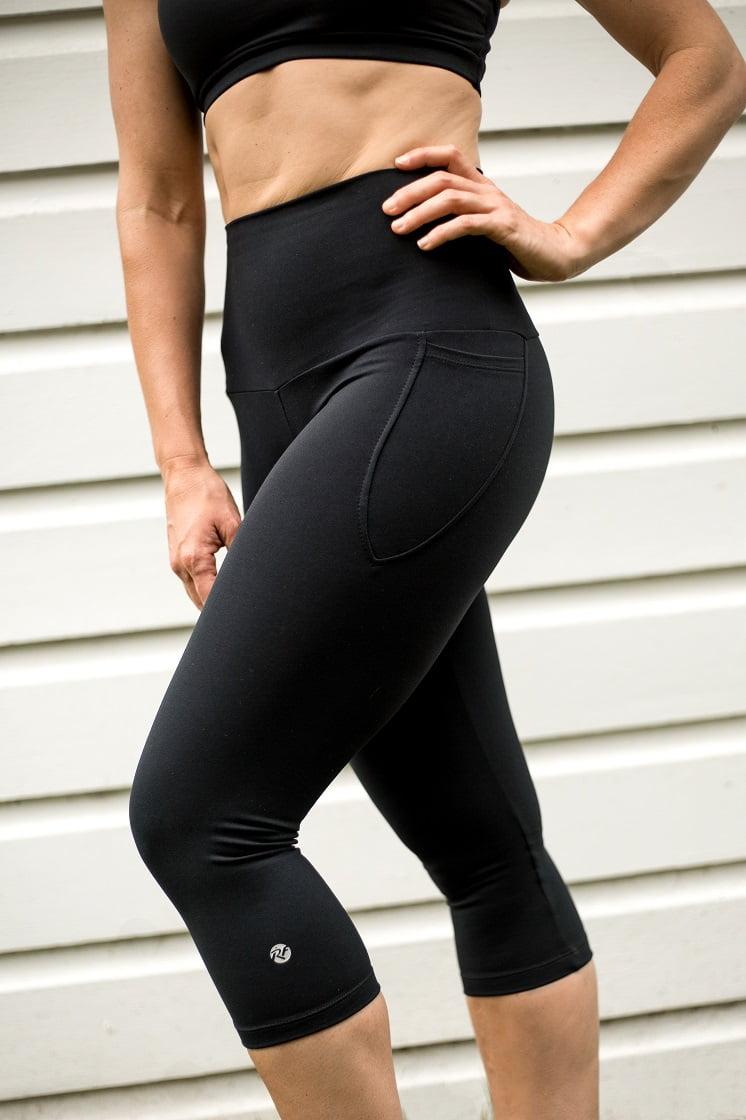 High waist black beauty 3/4 pocket tight side