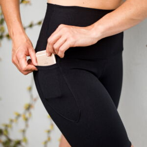 High waisted black tights with pocket feature